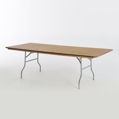 banquet wood table